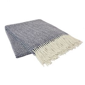 Dark blue and white 100% sheep wool blanket with thorn pattern